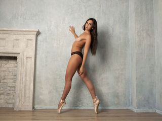 BeatrixBB Webcam Live-If You feel alone