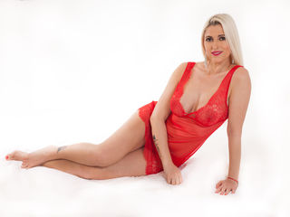 AgathaBB Marvellous Big Tits LIVE!-Hi guys I am