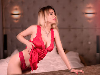 GabriellaShine Live porn-Hello guys I am