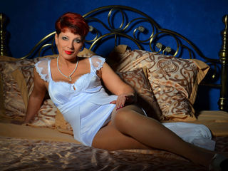 Voir le liveshow de  AmazingDiamondXX de Livejasmin - 45 ans - Hello ... my name is IRINA ..... glad to see you on my page ...I am a fun, sexual and e ...