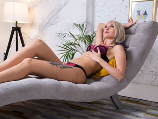 JessikaSwet Marvellous Big Tits LIVE!-I can t resist men