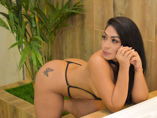 LopezHott's live sex webcam