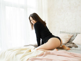 YunMeira Unbelievable Sexy Girls-I m open minded girl
