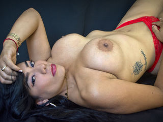 ValeriaRose -Smart sexy funny and