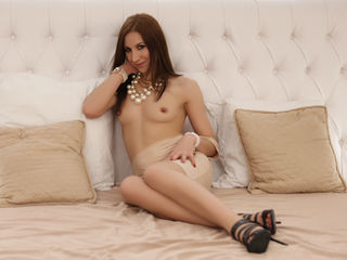 SexyMatureMiss -I am a girl with