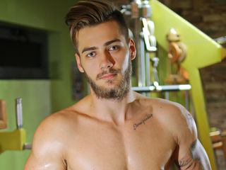 I'm 23 Yrs Old And I'm A Sex Cam Hunky Dude And I Have Brown Hair, I Am From Romania And At Cameraboys I'm Named 0BeMySoulmate