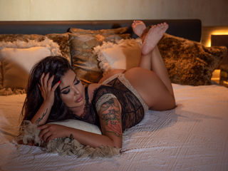 PatriciaClark Masturbate live-My curves offer you
