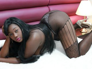 YessiEBONY Cam Girls-i am a girl that