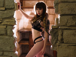 BettyBeautyGirl -Be ready to jump to