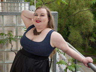 BonnieAngel Marvellous Big Tits LIVE!-I am a very friendly