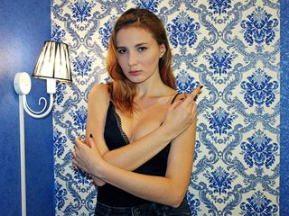 AmandaUpbeat XXX Girls-ABOUT ME I study to
