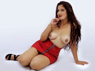 LisaRoberts LiveJasmin-Enter my room and