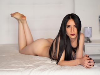 ZarahKleinn Tremendous Live XXX-I am an outgoing and