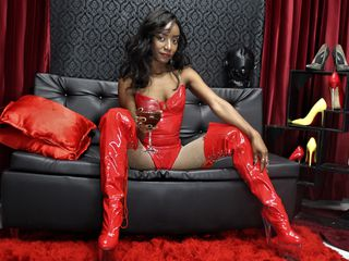 BDSMRollerCoast Marvellous Big Tits LIVE!-Hello guys im an