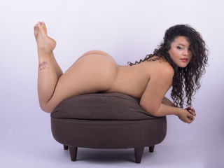 KylieLewis Marvellous Big Tits LIVE!-Im a sweet and
