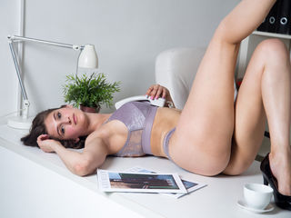AstridBeauty Unimaginable Masturbate live-I am a very romantic