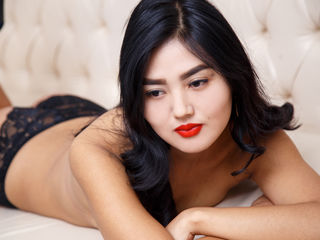 Saurra Marvellous Big Tits LIVE!-Hello everyone I am