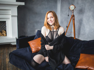 KiraEvansX Sex-I m 18 years old