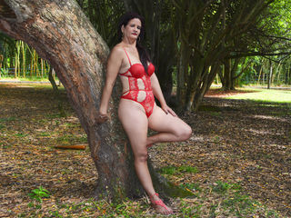 Voir le liveshow de  Nicolmature de Livejasmin - 47 ans - The carnal desire I constantly feel is burning me alive - come into my private room look int ...