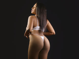 AdelineReign XXX Girls-I am a little shy