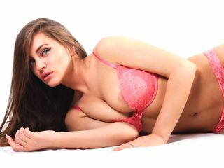 Voir le liveshow de  NatashaBlueEyes de Livejasmin - 22 ans - I am an open minded and sensual young lady who enjoys having fun.I love to share pleasur ...