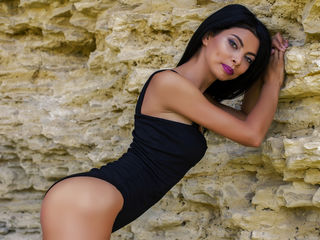DaisyKyra -I am a fun playful