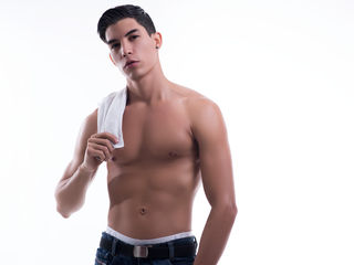 My LiveJasmin Model Name Is AlbertoCarlo! 23 Is My Age, I Have Brown Hair