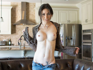 JuneHartley Big Tits!-Hi My name is June
