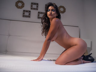 AmaiaRinaldi Sexy Girls-I give an excellent