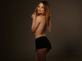 BaileyPratt Addicted live porn-I m a sweet romantic
