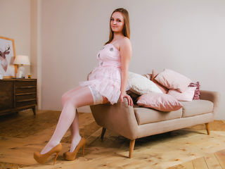 MolliPassion -I am smart shy and