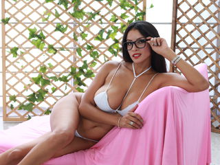 XIRSLYHOT Marvellous Big Tits LIVE!-I am a hot latina