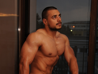 Voir le liveshow de  NewSweetGay de Livejasmin - 24 ans - Oh, I have very pleasant surprises for You - You can get them in my private room ;o