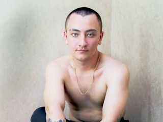 I really like sports guys,  sure of himself, with strong arms, who know what it means to be a real man. Also I love crazy things in sex. It can be group sex or sex in a public place. We should try everything in this life