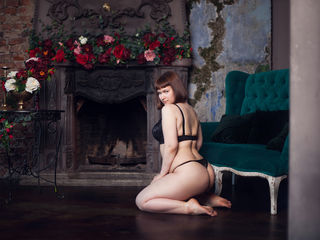 LinaFlour Marvellous Big Tits LIVE!-Hello My name is