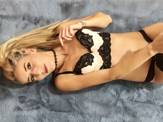 IvvyBlack ,  girl Cams , I'm looking for passion, for those with the same d