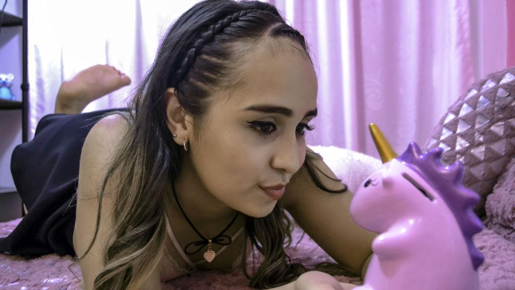 SamanthaBrownx webcam performer profile at GirlsOfJasmin - Complete list of cam models