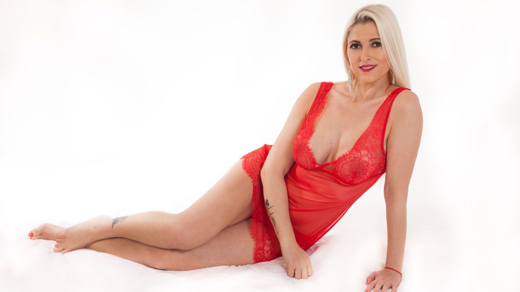 Watch the sexy AgathaBB from LiveJasmin at GirlsOfJasmin