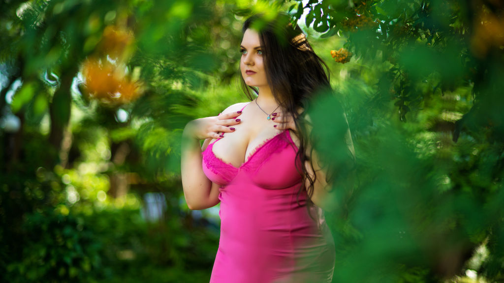 CurvyMarie LiveJasmin Webcam Model
