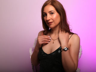 Webcam model SexyMatureMiss from Web Night Cam (LiveJasmin)
