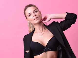 NikkiJJ Sex Chat-I am cheerful and