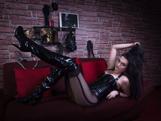 CruellaaDommee Live sex-I m Your Beautiful
