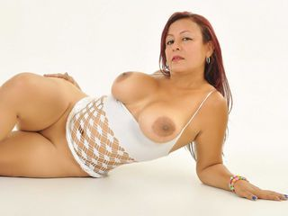 VIVO.webcam DhayannaX (39) MILF with huge breasts