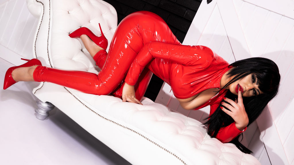 Watch the sexy MissRoyalRuby from LiveJasmin at GirlsOfJasmin