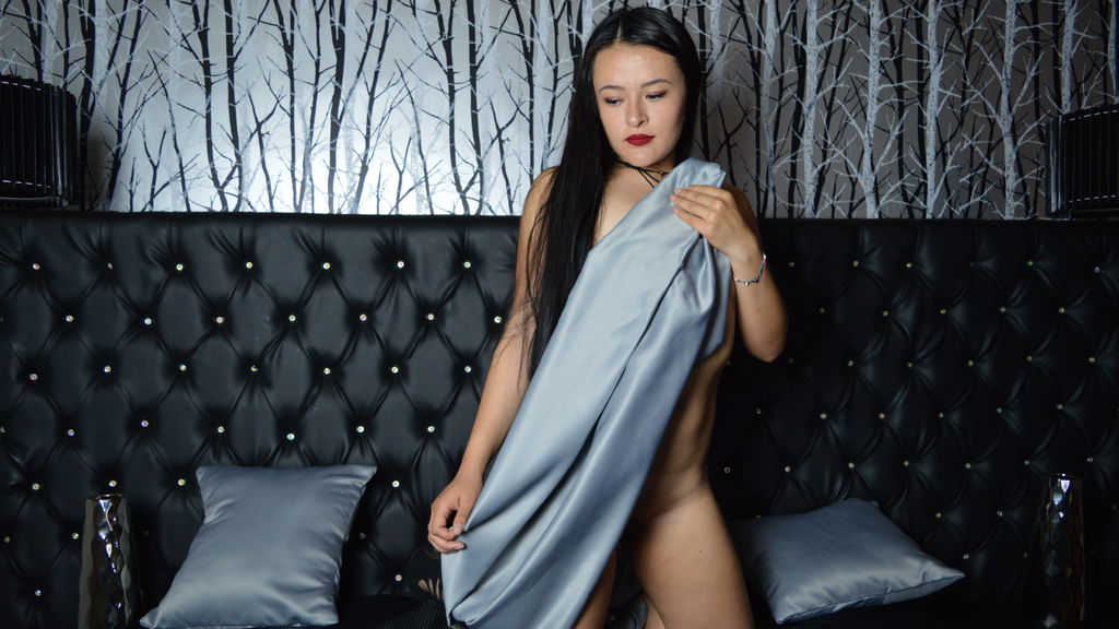 NaomySteven online at GirlsOfJasmin