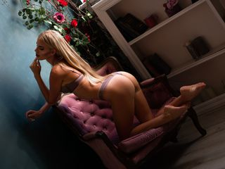 Live cam hot girl modelName