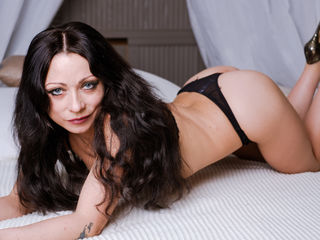 40 petite white female brown hair blue eyes MargoLourence