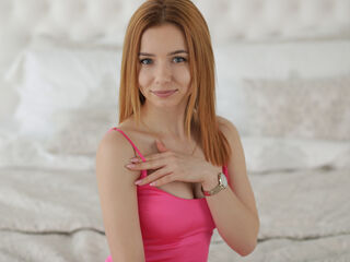 21 petite white female fire red hair blue eyes MircelaGrey chat room
