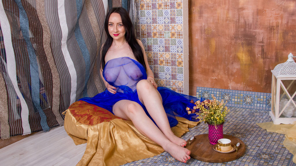 EvaNotWithoutSin online at GirlsOfJasmin