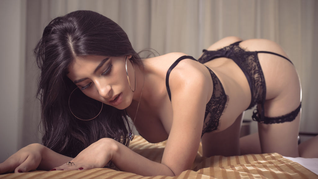 Watch the sexy PenelopeStone from LiveJasmin at GirlsOfJasmin